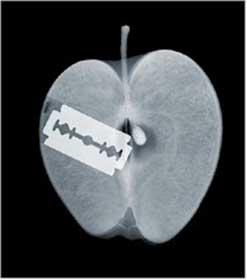 razor-blade-apple